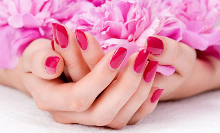 Manicure ημιμόνιμο ή απλό, χρώμα ή γαλλικό