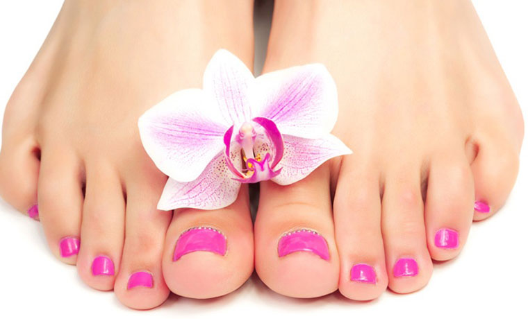 Pedicure ημιμόνιμο ή απλό, χρώμα ή γαλλικό