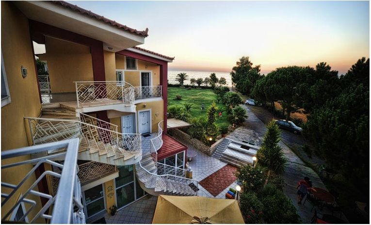 Irida Beach Resort & Suites 3