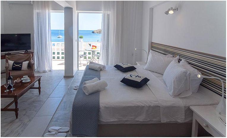 Paradiso Resort 3* στην Αγία Μαρίνα της Αίγινας